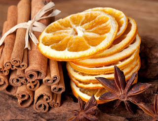 Palos-de-canela-y-rodajas-de-naranja-1