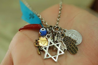 amuleto-o-talisman-1