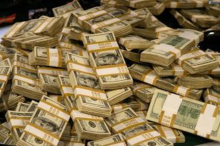un-monton-de-dinero-dolares-170064